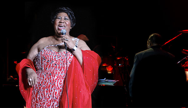 Aretha Franklin performing at the State Theatre
